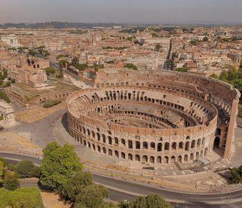 Foto aerea del Colosseo
