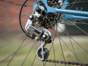 deragliatore posteriore di bicicletta
