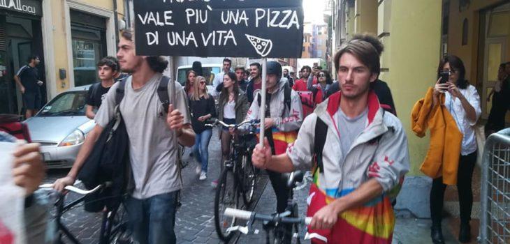 sciopero dei ciclofattorini a Bologna