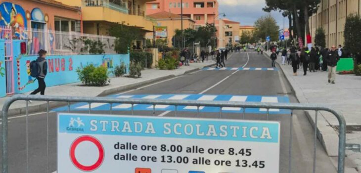 Strada scolastica a Olbia.